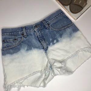 Levi's Distressed Shorts Sz 9